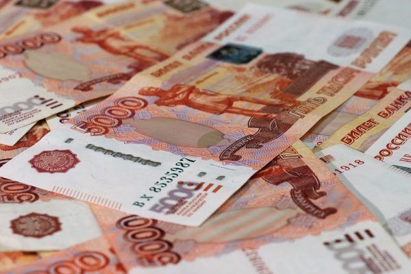 Коммунисты Севастополя заработали больше 64 тысяч рублей