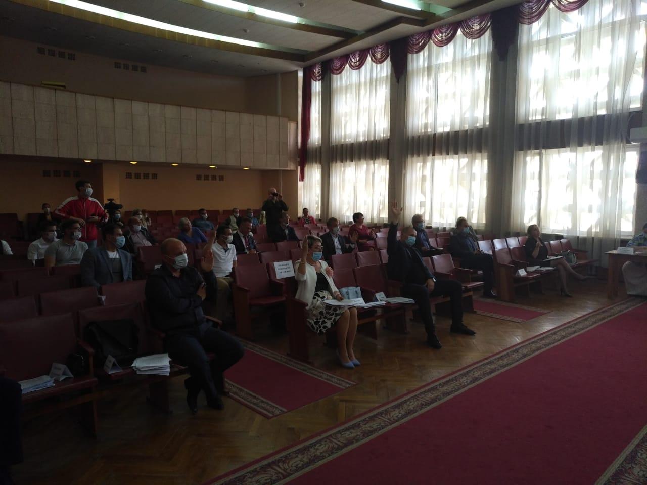 Как провалилось удивительное голосование по роспуску депутатов Севастополя