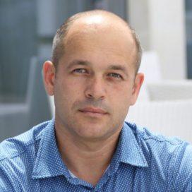 Лапиков Виталий Сергеевич