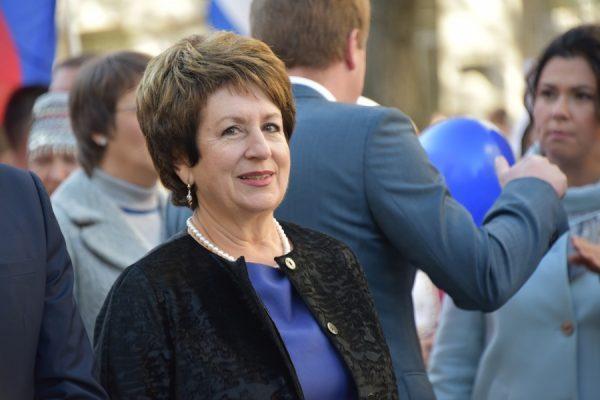 Алтабаева показала наибольший рост в рейтинге среди сенаторов от ЮФО