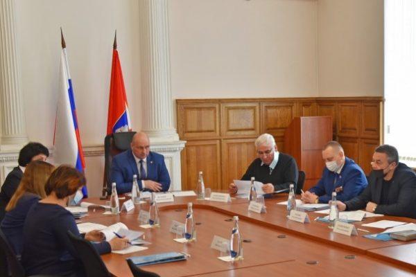ForPost Политика - Кандидаты в молодёжный парламент Севастополя представляют все политические силы в Заксобрании