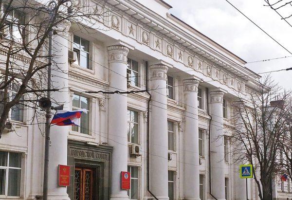 Поручения Путина потребуют внесения изменений в законодательных актах Севастополя