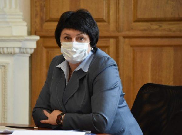Лобач до сих пор не подала документы на регистрацию кандидатом в депутаты ГД