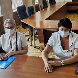 Лобач подала документы в избирательную комиссию Севастополя